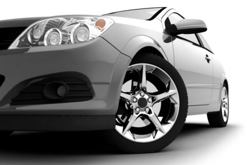 101389420_silver_car.jpg