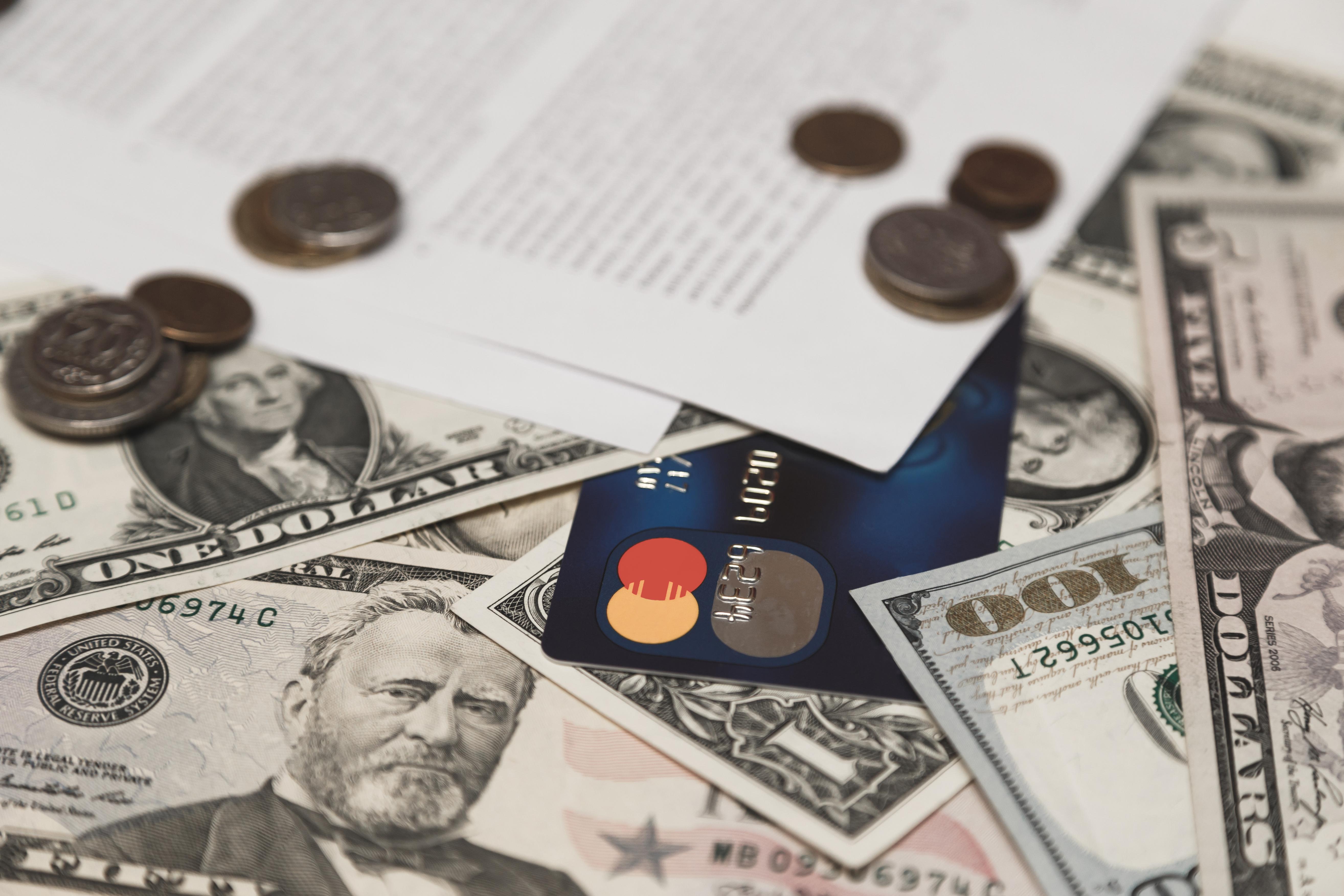 Paying-Credit-Card-Debt